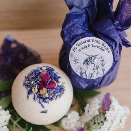 All Natural Honey & Lavender Bath Bomb