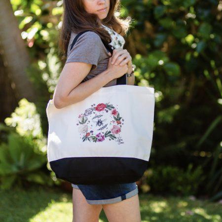 Nina's Bees Tote Bags