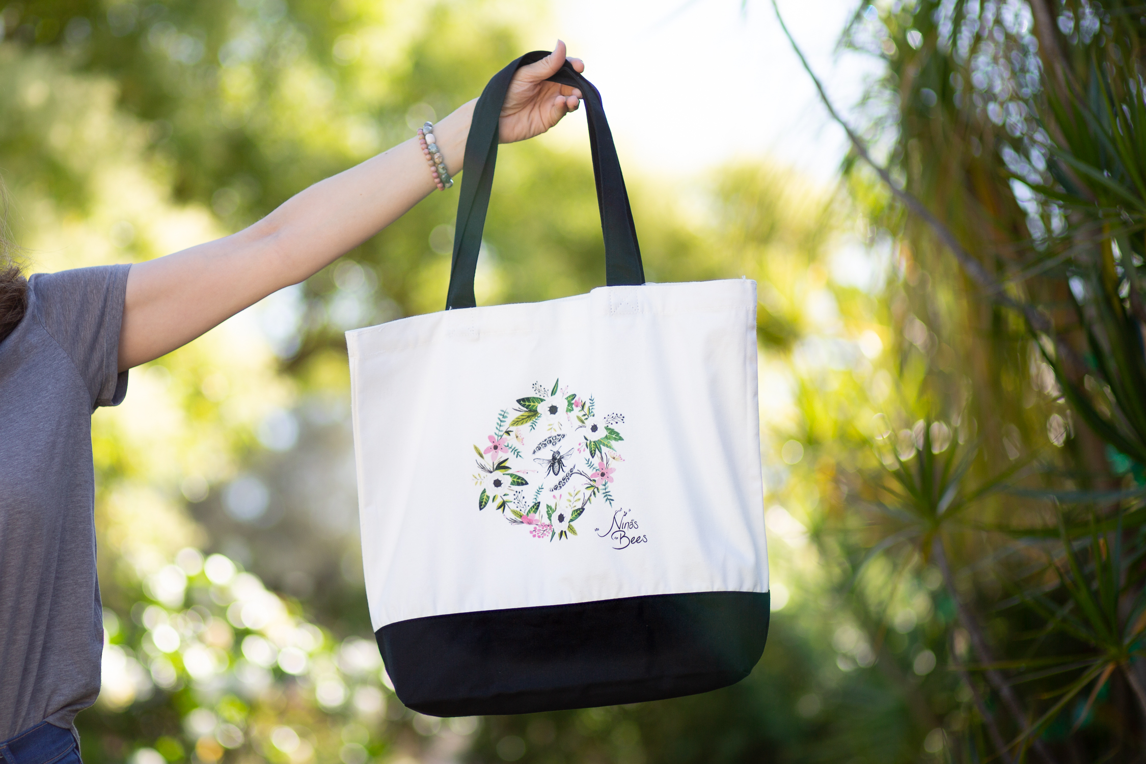 Cotton Bag with bee